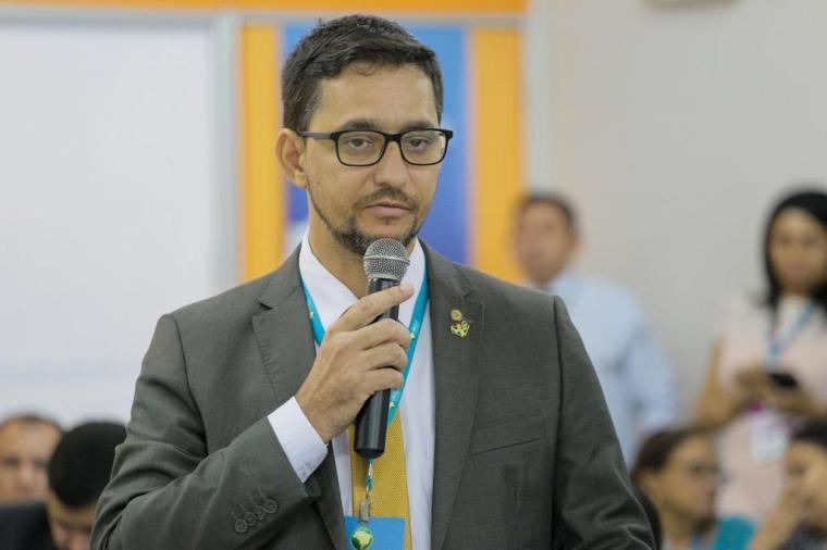 Deputado Anderson defende a intervenção do Estado no controle das facções e alerta para automutilação e a violência contra a mulher em encontro da Unale no Amazonas