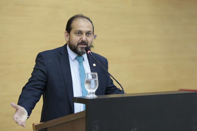Presidente da Assembleia cobra do DER a recuperação de rodovias em Alvorada do Oeste