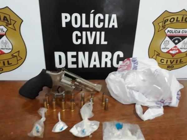 Polícia Civil apreende droga e arma de fogo no bairro Mariana