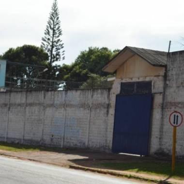 Casa de Detenção suspende visitas após princípio de rebelião, com facções rivais tentando se matar
