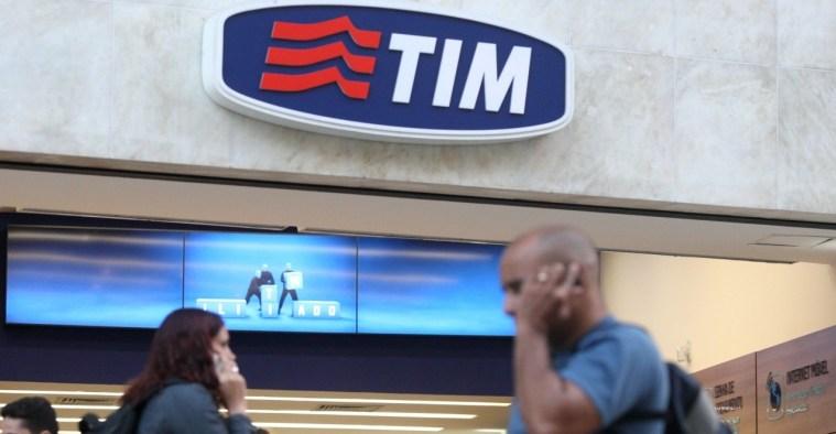 TIM abre mais de 100 vagas para consultores, estagiários e jovens aprendizes