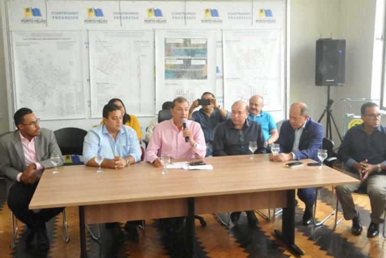 Prefeito Hildon Chaves anuncia licitação para asfalto e recapeamento de ruas