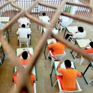 Reeducandos se preparam para as provas do Enem; inscrições abrem na próxima semana