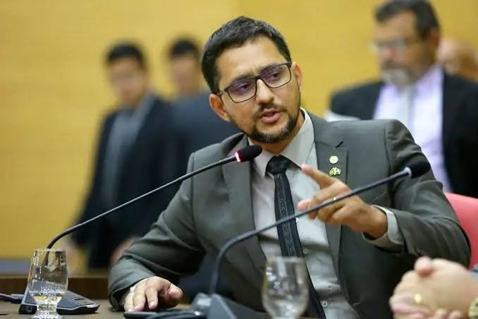 Anderson Pereira solicita informações quanto a implantação do Sistema Integrado para agilizar aposentadoria dos servidores públicos de Rondônia