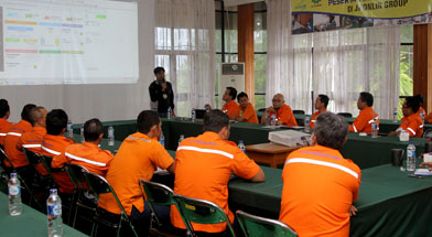 Jhonlin Group, PT. Dua Samudera Perkasa, People Development, Kalimantan Selatan, Tanah Bumbu, Batulicin, In house training, h isam