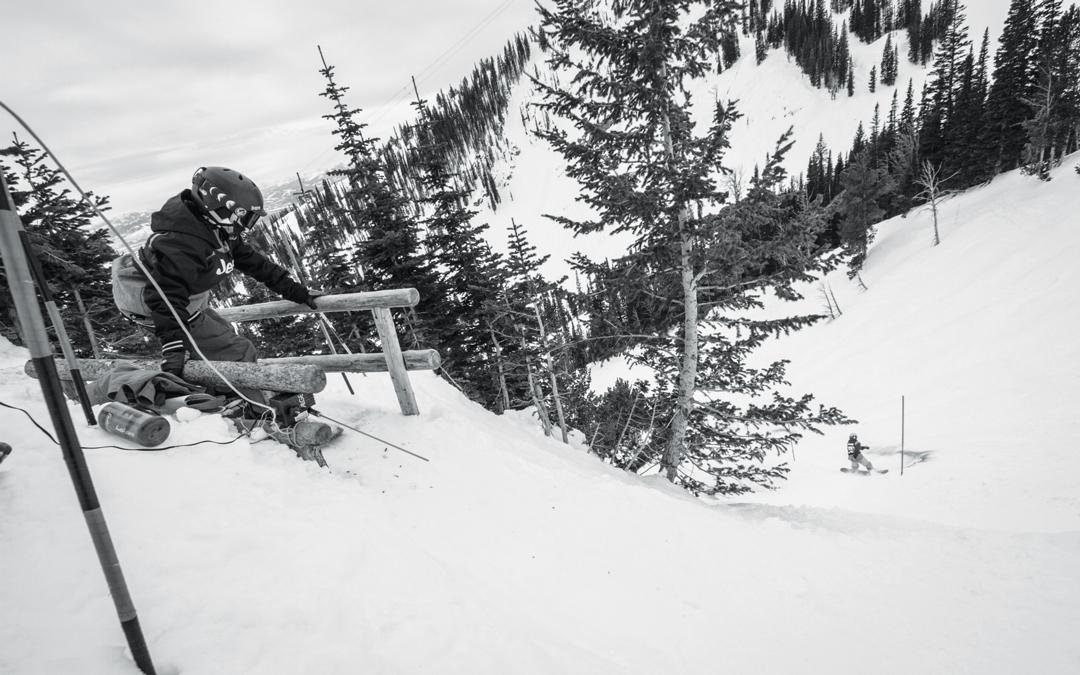 Snowboarding. 18-19 JHSM. Rider Kayson Jones about to drop in after rider Lucy Schultz. Photo: Ryan Dee.