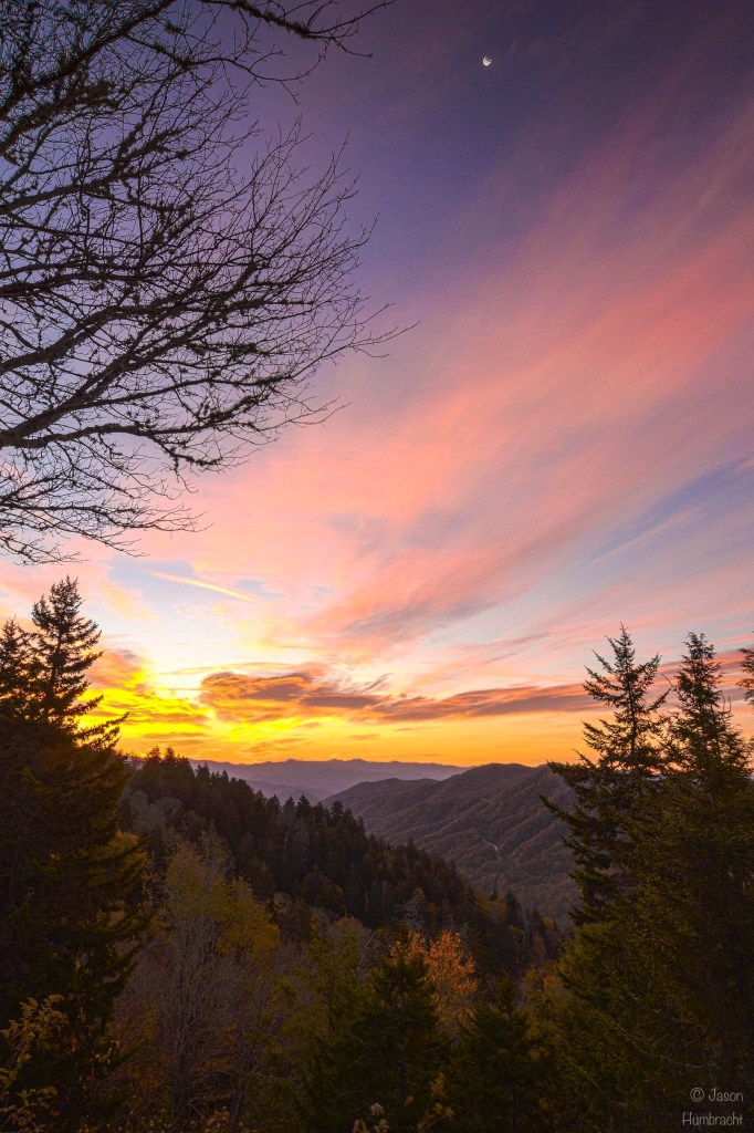 wide angle photography tips | Smoky Mountains Sunrise | Newfound Gap | Image By Indiana Architectural Photographer Jason Humbracht
