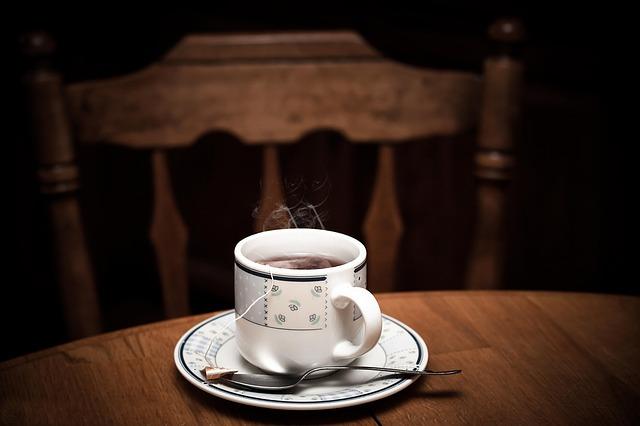 It is not okay to reheat tea