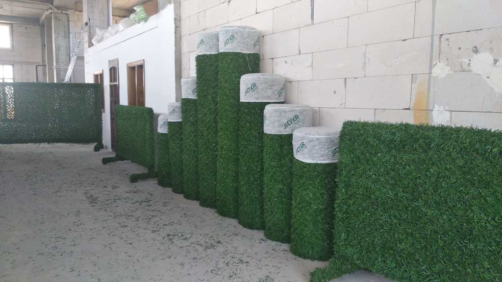 grass fence panels