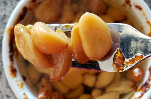 garlic confit on fork