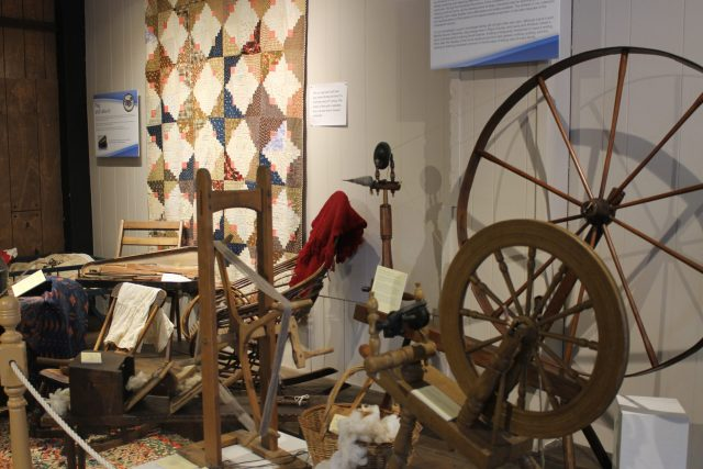 spinning wheels, Laura Ingalls Wilder Museum