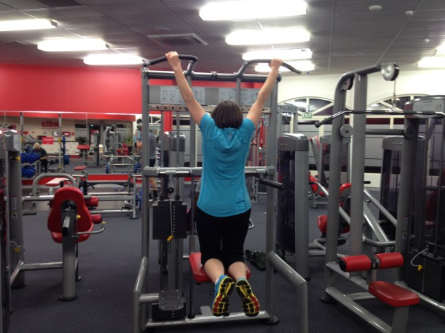 Giving that assisted chin-up machine heaps