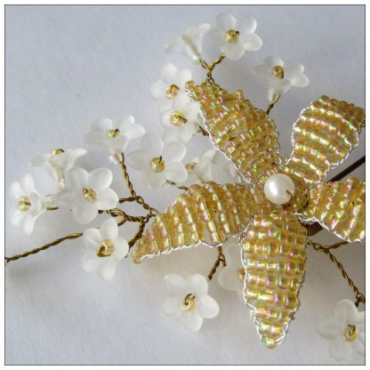 2pin floral bloom gold