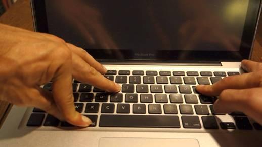 macbook tidak mau booting Reset NVRAM