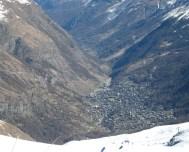 049 Zermatt from the slopes
