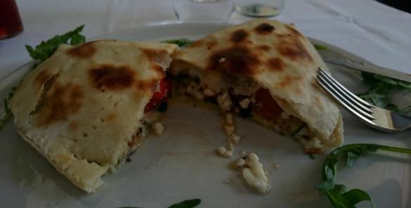 1084 Lunch - Veggie Calzone