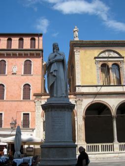 579 Dante
