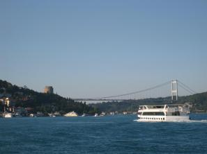 633 River View