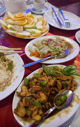 645 Dinner - Turkish Chinese - Chicken with Peppers and Fried Vegetables and Fruit