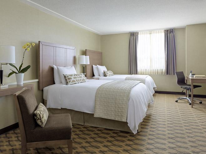 hotel-chelsea-Deluxe-Double-660