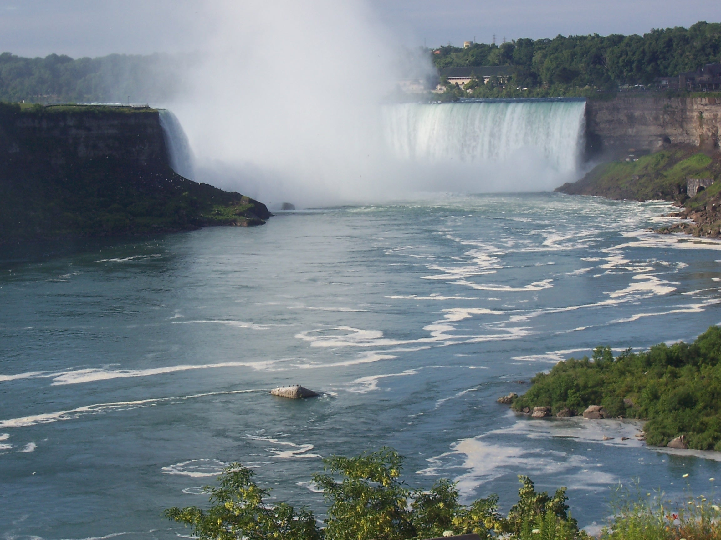 You can't mention the beauty of Canada and not include Niagara Falls. Can you? JIM BYERS PHOTO