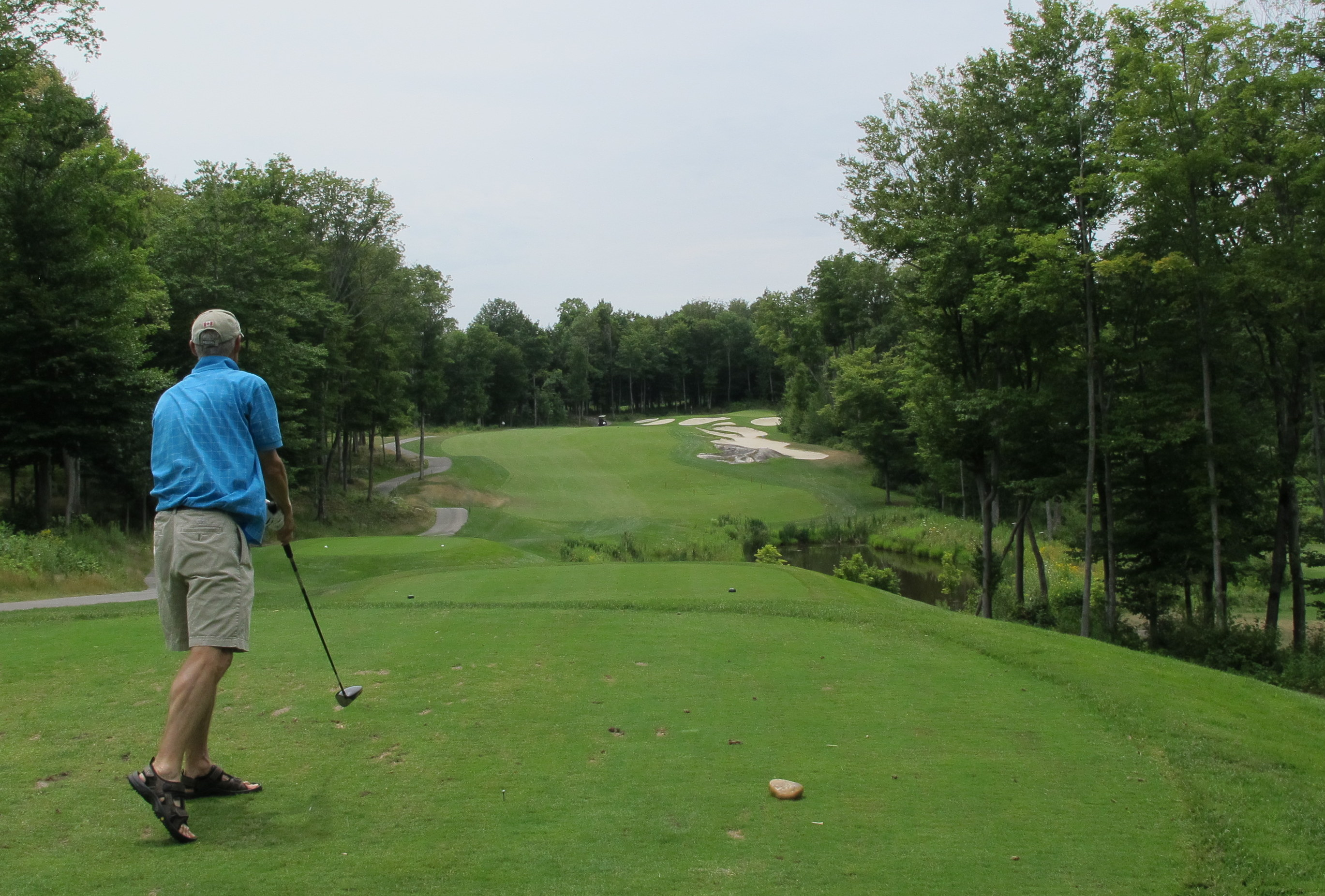 A round of golf is a great way to spend time in Muskoka. <a href=