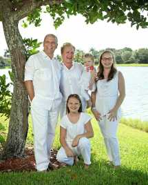 family-portrait-photographer-fort-lauderdale