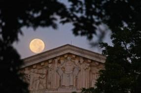 supreme-court-and-moon_14918977751_o