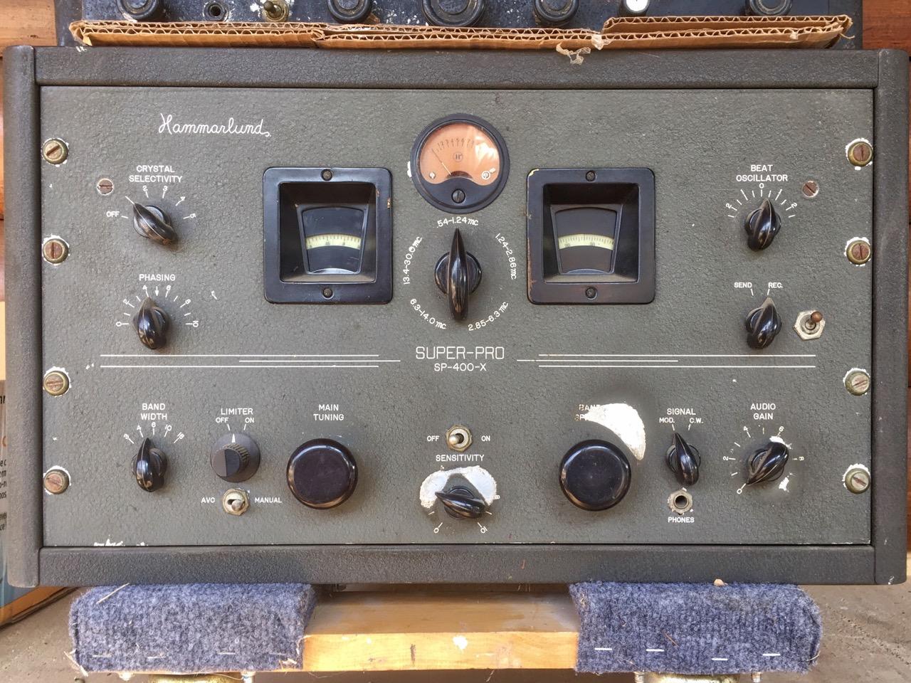 photo of a 1946 Hammarlund SP-400-X