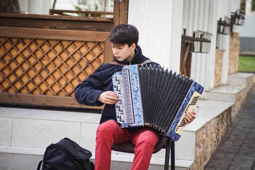 relations prédictives entre l'éducation musicale et les résultats scolaires