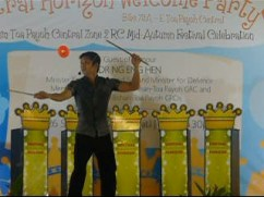 Diabolo performance by JimmyJuggler