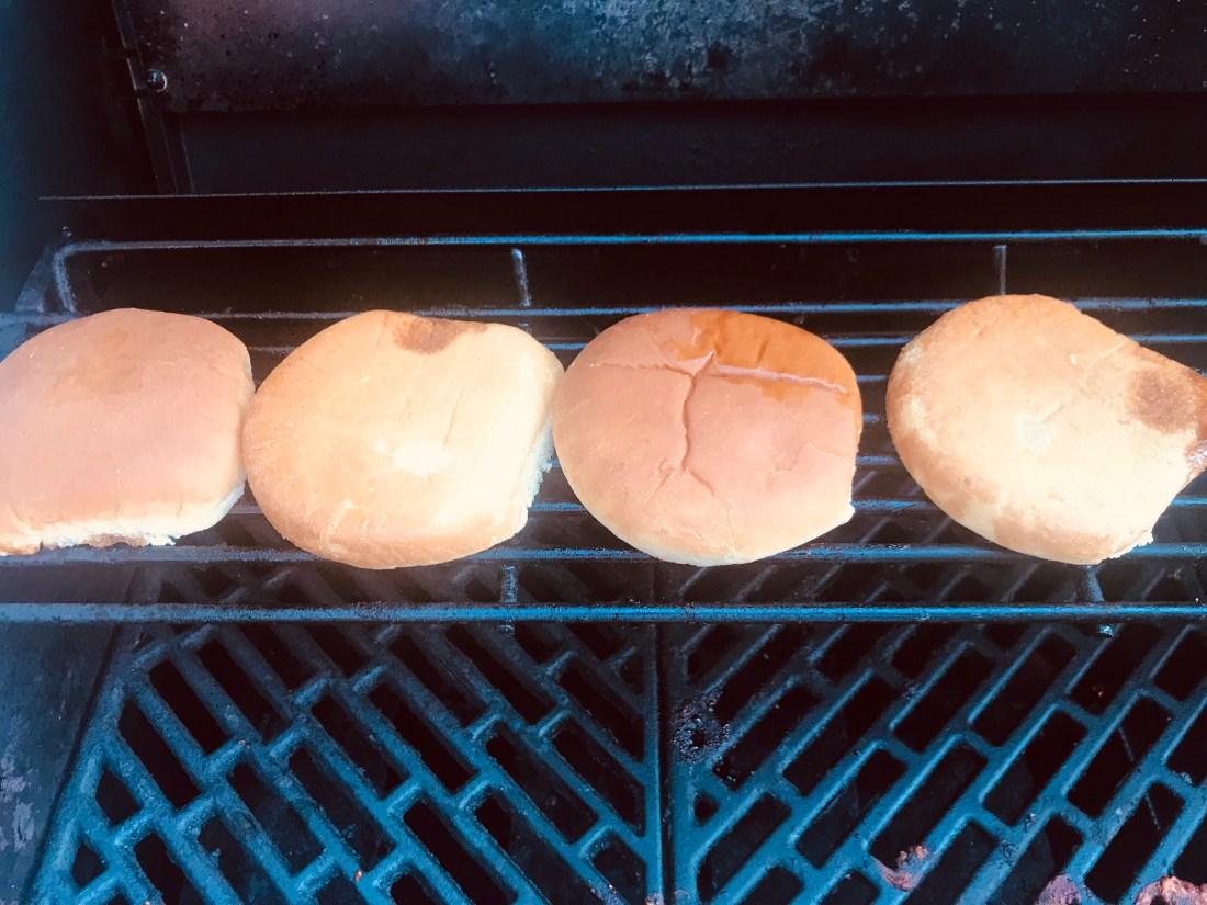 Toasted hamburg buns
