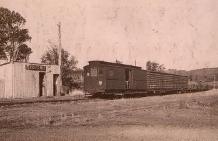 Historical photo of train at Dinmont