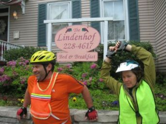 Sandra-Schmid with-leader-in-front-of-B&B-Sierra-Club-KATY-Rail-Trail-trip-2008