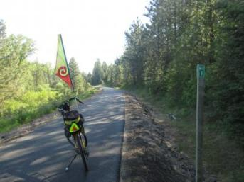 Jim-Schmid's-Bacchetta-Giro-recumbent-at-Milepost-1-Trail-of-the-Coeur-d'Alenes-ID-5-12-2016