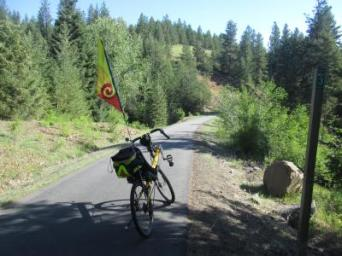 Jim-Schmid's-Bacchetta-Giro-recumbent-at-Milepost-3-Trail-of-the-Coeur-d'Alenes-ID-5-12-2016