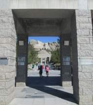 Mount-Rushmore-entrance-SD-5-31-2016