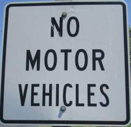 No-motor-vehicles-sign-Chipman-Trail-Moscow-ID-to-Pullman-WA-5-8-2016