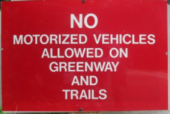 No_motorized_vehicles_allowed_sign_Greensboro_NC_RT_System_2015_07_06