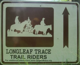 Trail-riders-sign-Longleaf-Trace-MS-2015-06-11