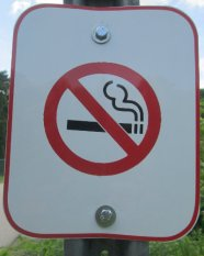 No_smoking_sign_American_Tobacco_RT_2015_07_05-6