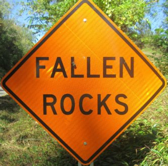 Fallen-rocks-sign-W&OD-Rail-Trail-VA-2015-10-6&7