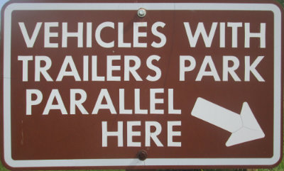 Vehicles-with-trailers-park-parallel-here-sign-Pere-Marquette-MI-2015-09-06