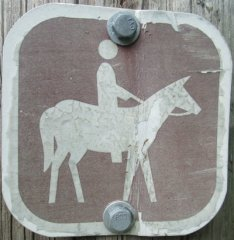 Equestrian-symbol-sign-W&OD-Rail-Trail-VA-2015-10-6&7