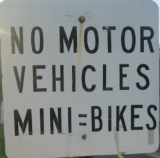No-motor-vehicles-mini-bikes-sign-W&OD-Rail-Trail-VA-2015-10-6&7