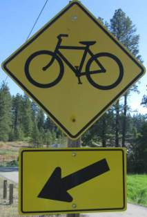 Bike-symbol-sign-Trail-of-the-Coeur-d'Alenes-ID-5-12-2016