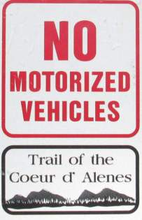 No-motorized-vehicles-sign-Trail-of-the-Coeur-d'Alenes-ID-5-12-2016
