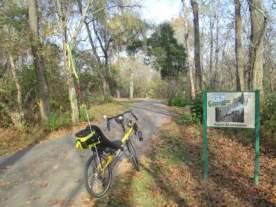Jim-Schmid's-Bacchetta-Giro-recumbent-on-Kingsport-Greenbelt-TN-11-2-2016