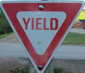 Yield-sign-Mickelson-Trail-SD-5-28-to-6-1-2016
