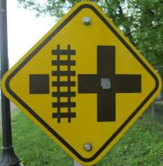 Railroad-crossing-sign-Midtown-Greenway-Minn-MN-5-10-17